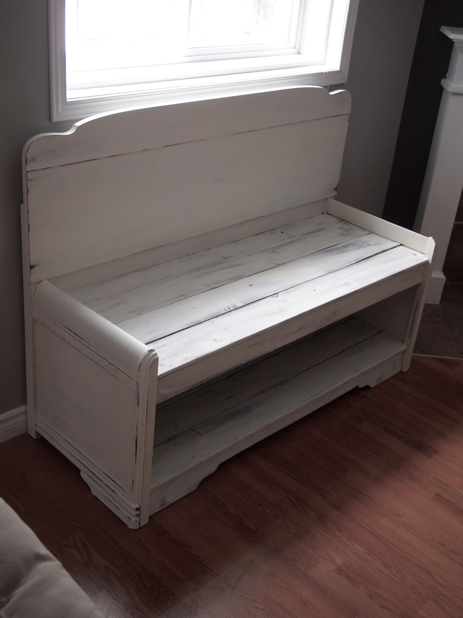 Repurposed Headboard Turned Into Bench Lildesigns